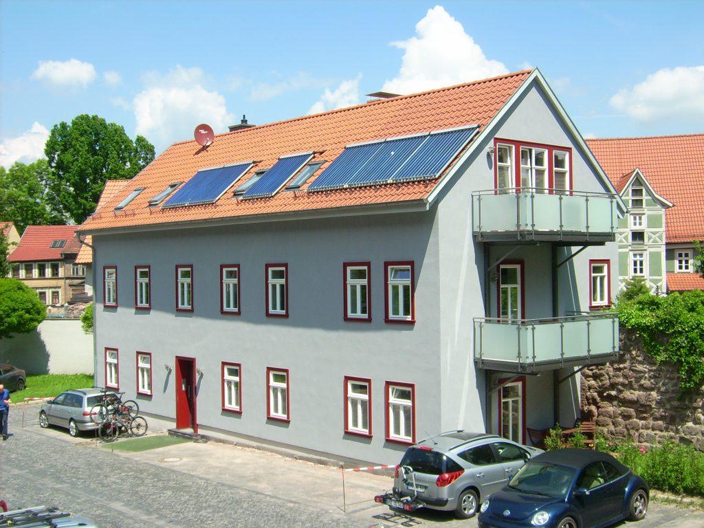 Komfortables Fachwerkhaus mit eigenem Weinkeller, Terrasse
